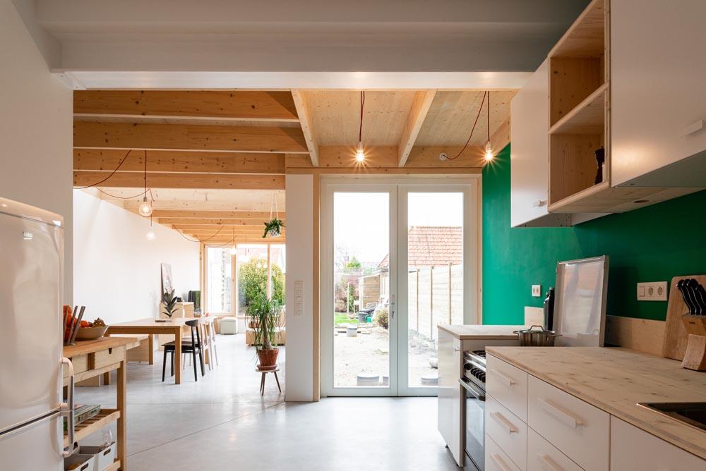 Lichtrijke uitbreiding van woning te Brugge met Powerdeck F isolatie voor platte daken