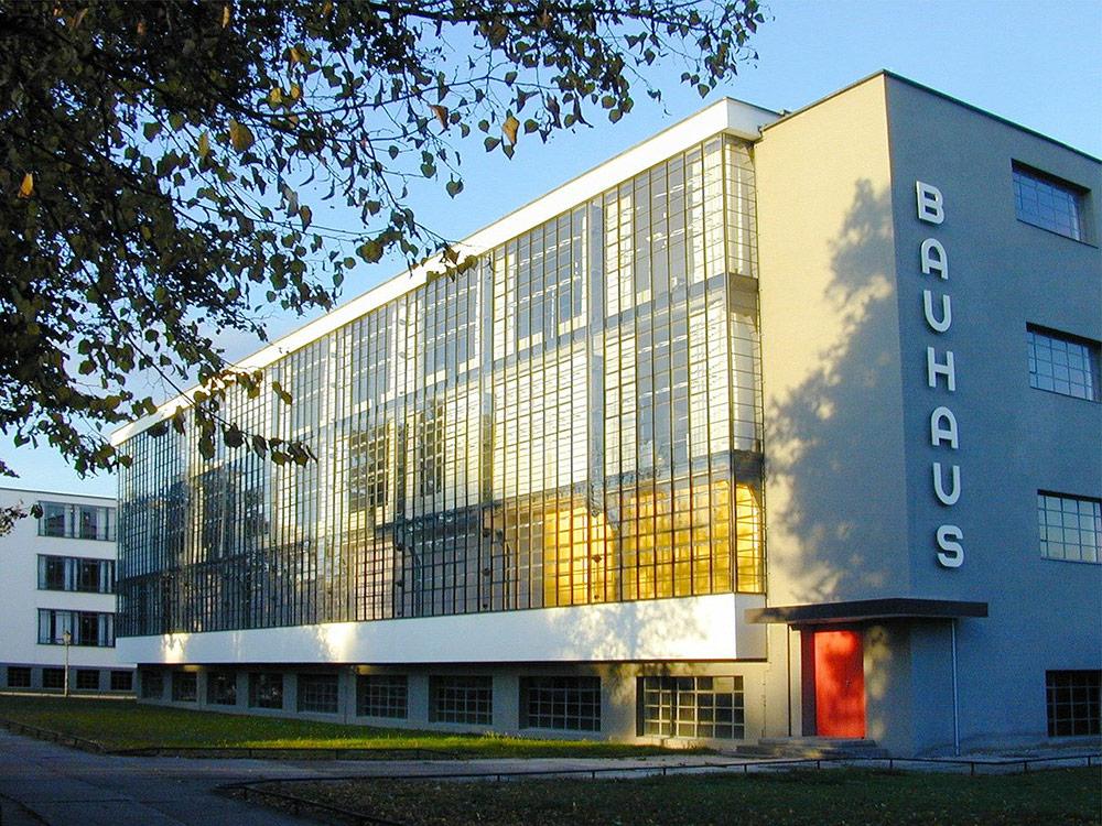 Bauhaus 100 ans et Recticel Insulation