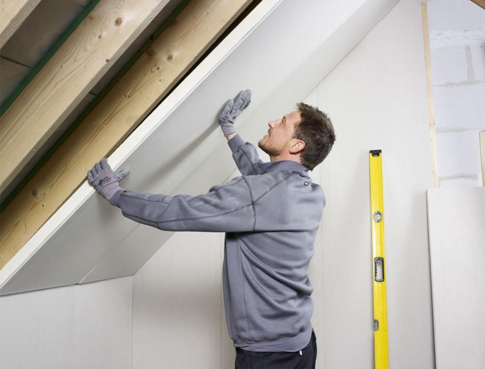 Installation of Eurothane PL insulation boards