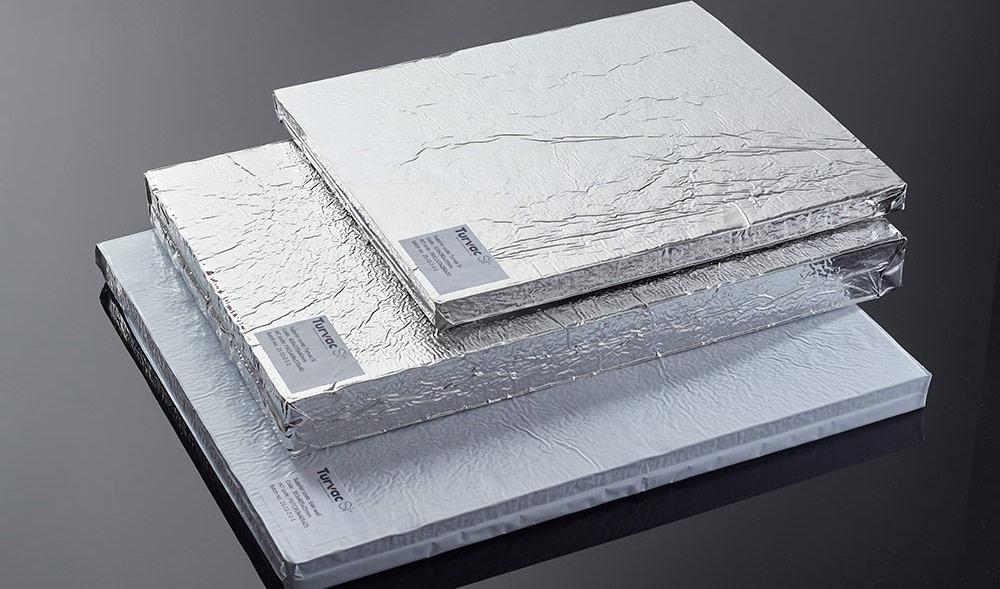 Recticel Insulation valmistaa lämpöeristettyjä laatikkoja koronavirusrokotteiden maailmanlaajuiseen jakeluun