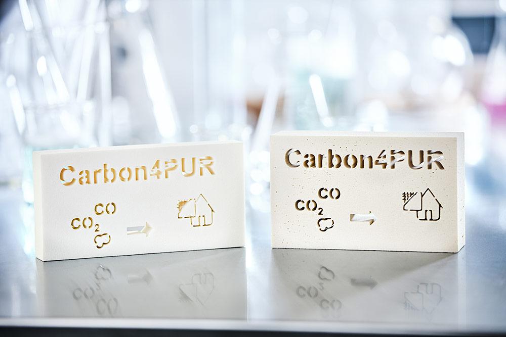 Stalen polyurethaan isolatieschuim gemaakt volgens de Carbon4PUR-technologie.