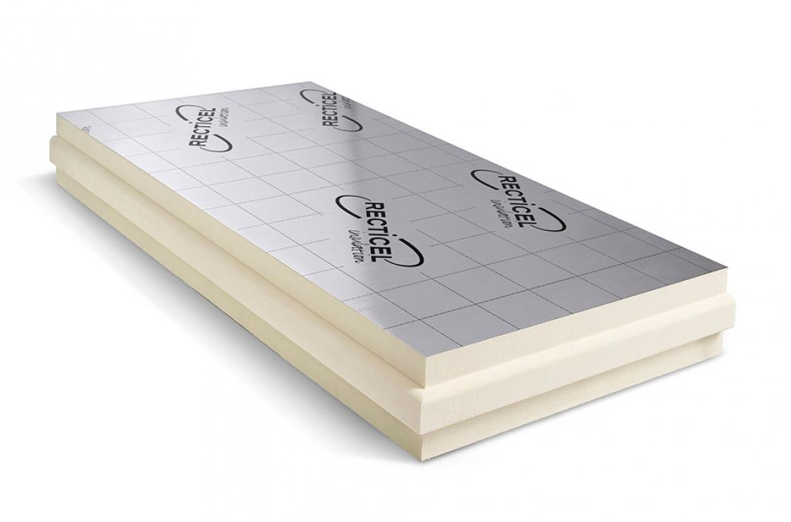 Euroroof: un panneau d'isolation thermique convenant pour le sarking pour toutes les toitures inclinées.