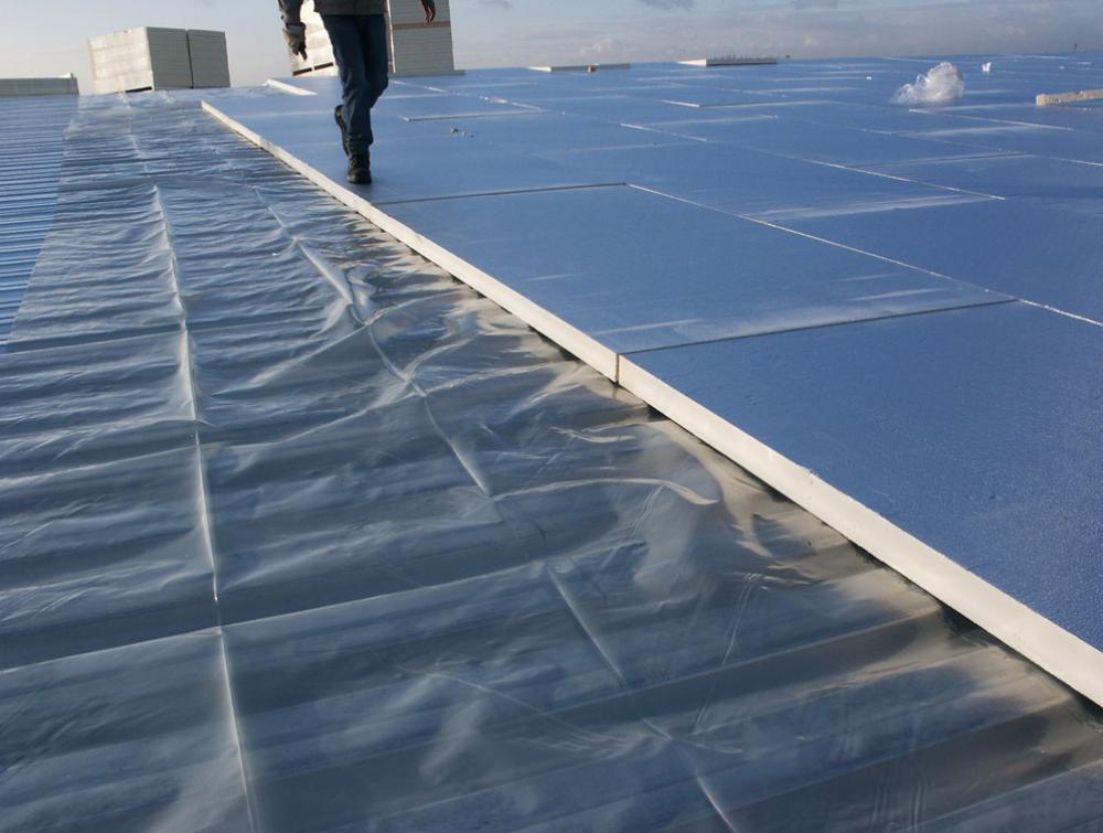 Powerdeck Thermische isolatieplaat voor platte daken met een beter brandgedrag