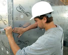 Eurowall thermische isolatieplaat voor gebruik in spouwmuren met rectitape isolatietape